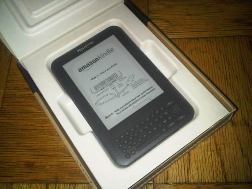 Kindle 3 in box