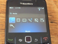 Virgin Mobile BlackBerry 8530 media apps